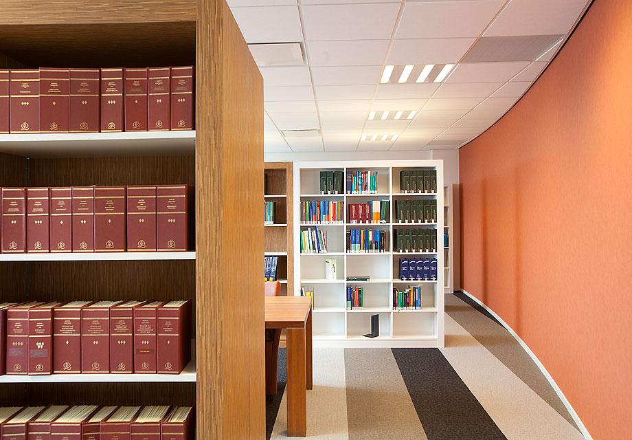 VanVeen.bibliotheek3